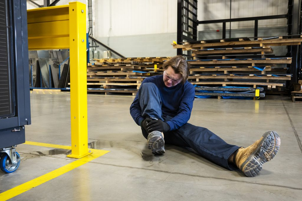 How To Prove Your Slip Trip Fall Accident Injury Case in Florida?